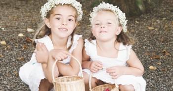 עמדת שזירת פרחים בחתונה