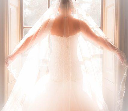 איך בוחרים שמלות כלה