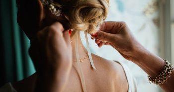 כלות 2020: איך לעצב את השיער לבד ביום החתונה?